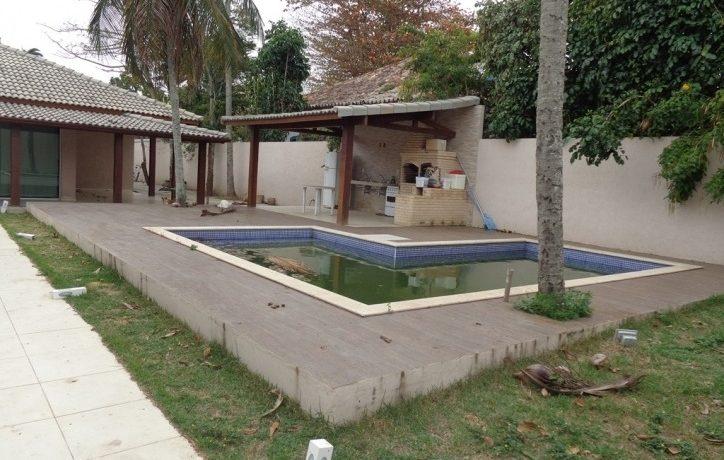 piscina e churrasqueira